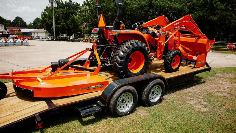 Kubota L3901 DT Tractor Package | Henderson