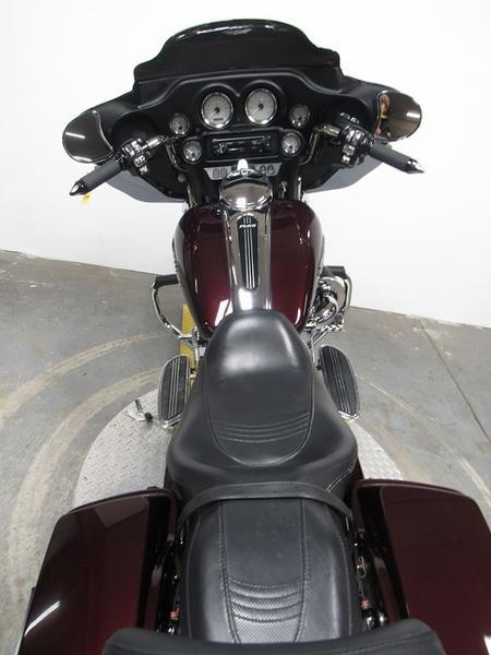 2006 Harley-Davidson FLHX - Street Glide 5