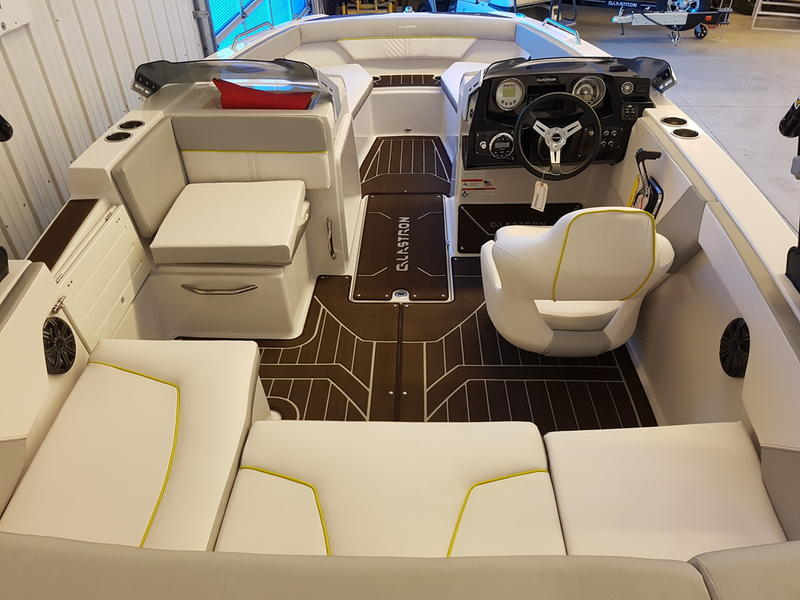 2019 Glastron boat for sale, model of the boat is GTDW 205 & Image # 3 of 8
