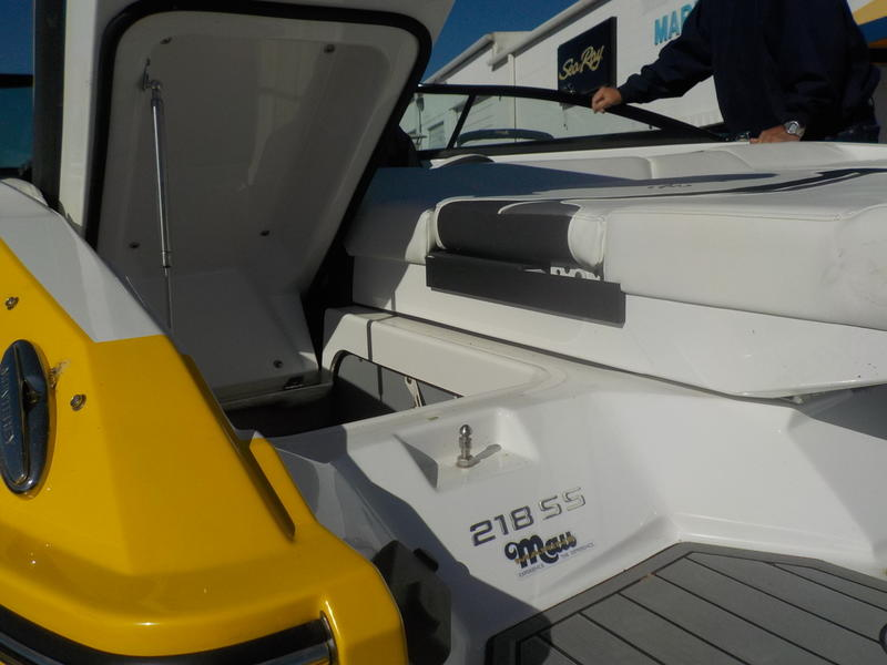 2016 Monterey boat for sale, model of the boat is 218SS & Image # 15 of 21