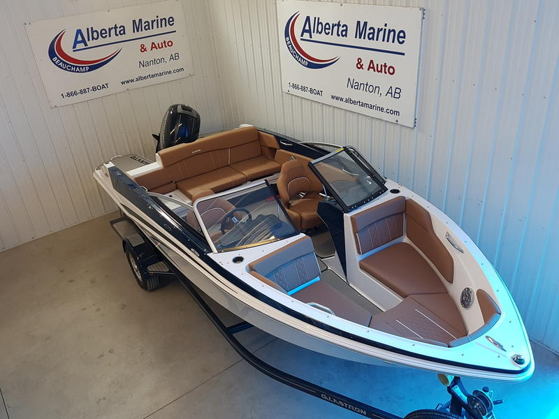 2017 Glastron boat for sale, model of the boat is GT 200 & Image # 6 of 7