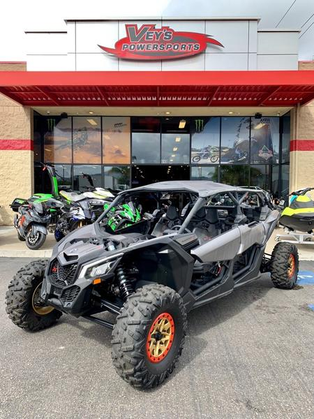2018 Can-Am™ Maverick X3 MAX X rs TURBO R 1