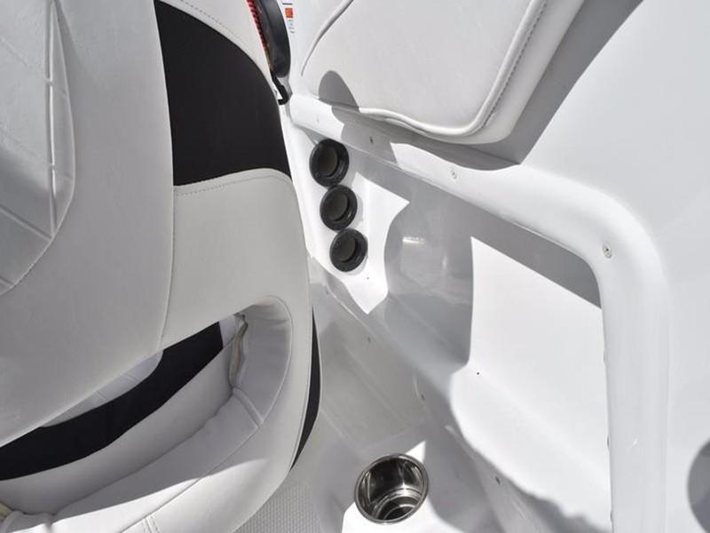 New  2018 Tahoe® 2150 Bow Rider in Marrero, Louisiana