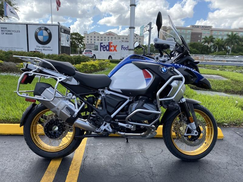 New BMW Motorcycle >> 2020 Bmw R 1250 Gs Adventure Light White Racing Blue Met