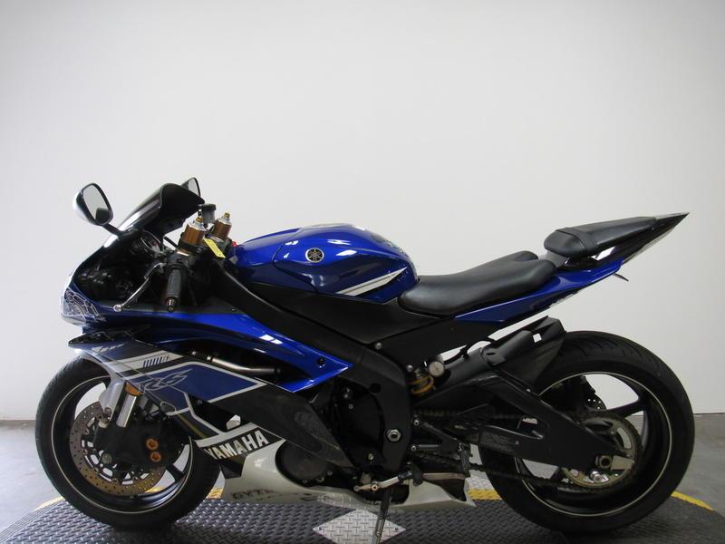 2013 Yamaha R6 8