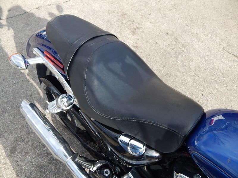 2015 Harley-Davidson XL1200C - Sportster 1200 Custom 4