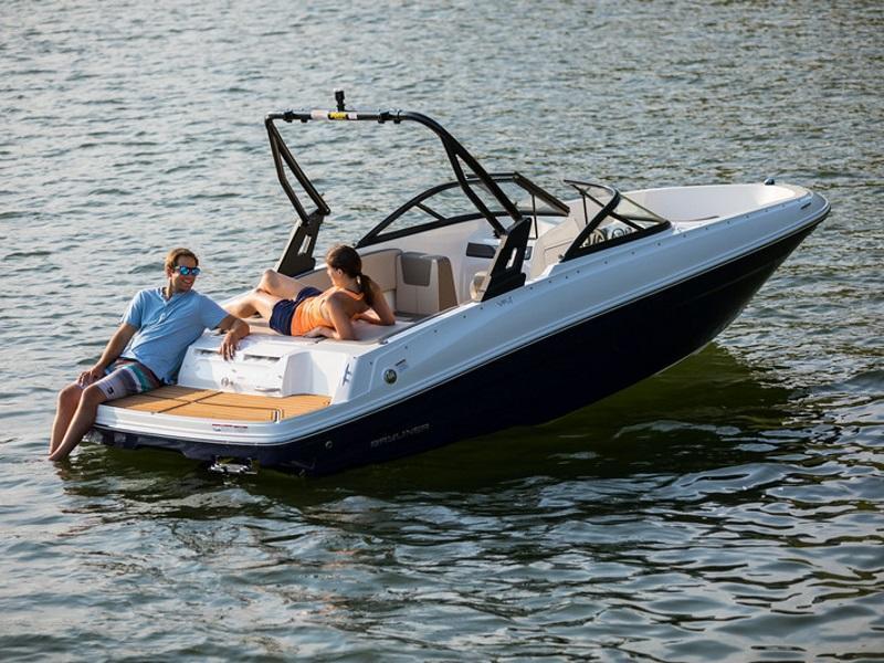 Bowrider Boats For Sale | Delran, NJ near Philadelphia | Bowrider Dealer