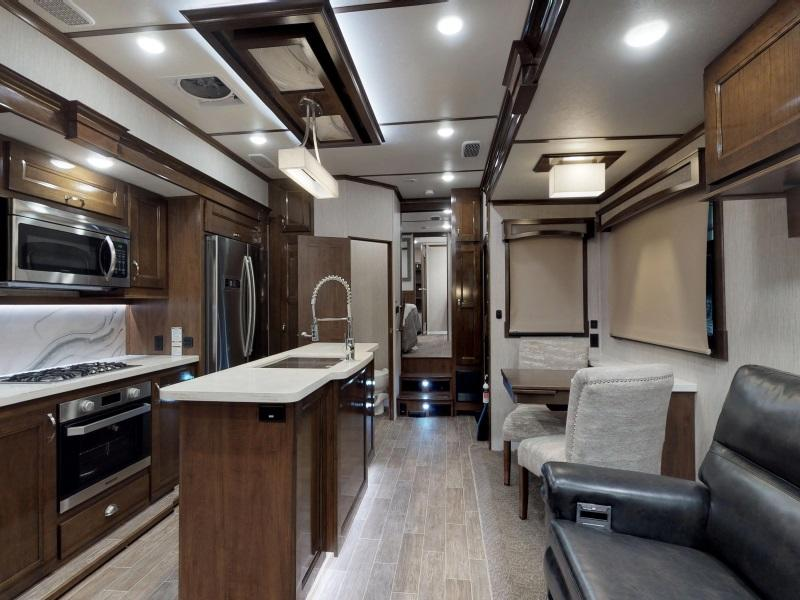 Fifth Wheels For Sale in Fort Myers, Florida | 5th Wheel Dealer