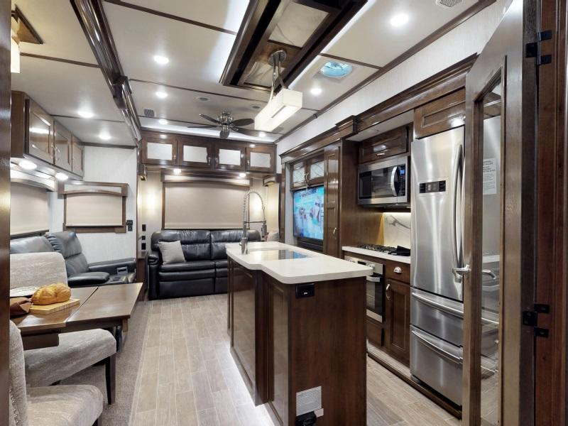 Motorhomes For Sale | Fort Myers, Florida | Motorhome Dealership