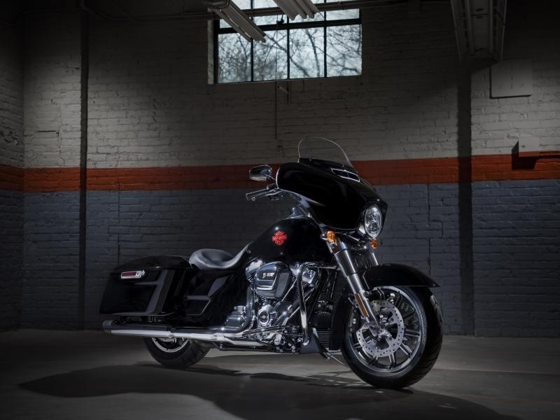 2019 Harley-Davidson® FLHT - Electra Glide® Standard | No Cages