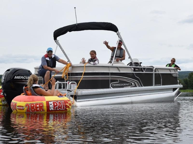 Boat dealers calgary