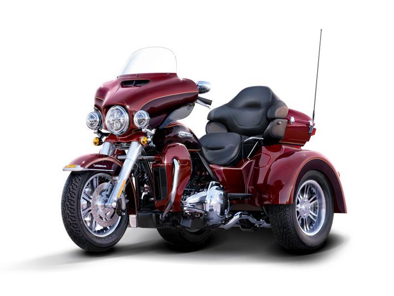 2014 Harley-Davidson® FLHTCUTG - Tri Glide® Ultra Stock: C18