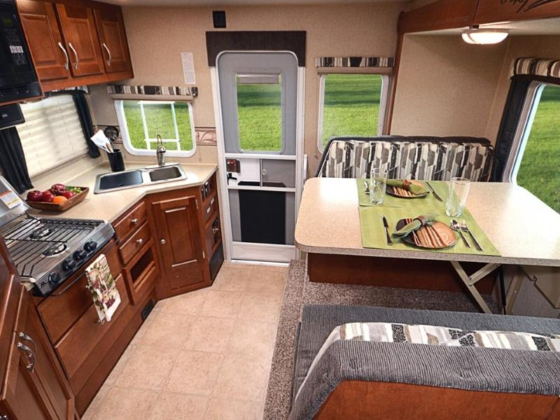 Arctic Fox Campers >> New Arctic Fox Trailers Campers For Sale In Spokane Wa