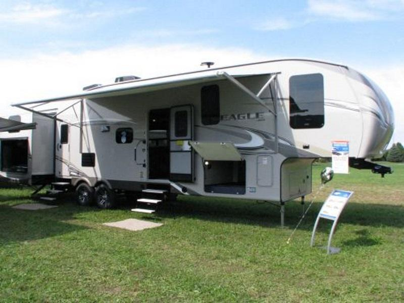Jayco Eagle Fifth Wheel Parked With Awning Up Our In A Grassy Field In  Staunton,