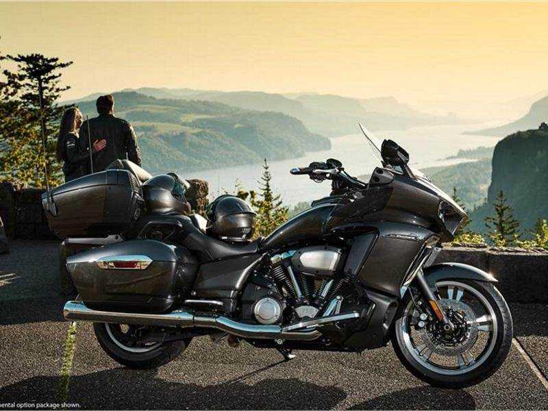 2018 Yamaha Star Venture Transcontinental Option Package
