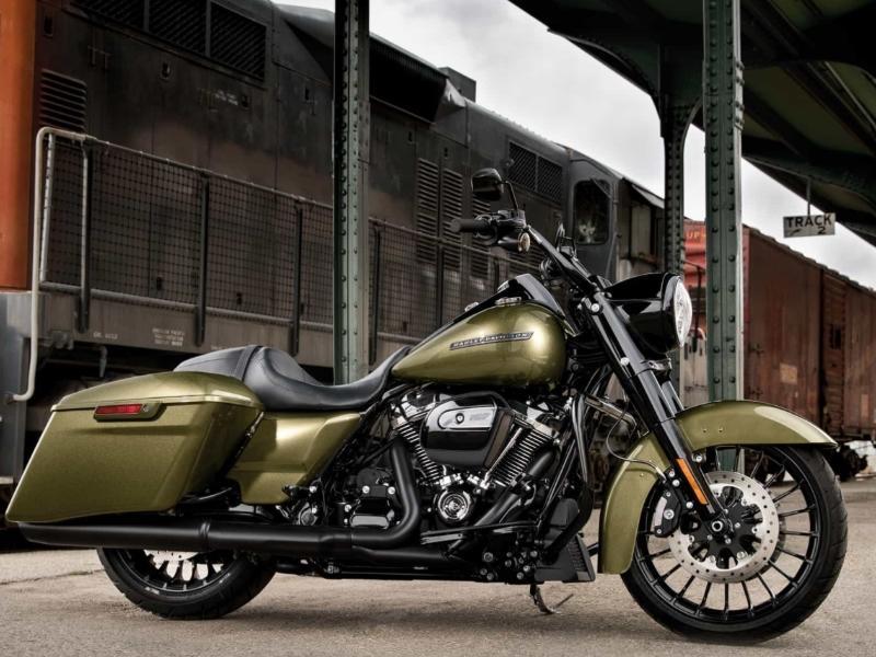 Used Harley® Touring Bikes For Sale | Lebanon, NH | Harley Touring