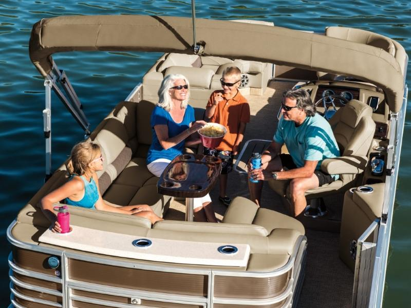Bennington Pontoon Boats For Sale in Michigan | Bennington Dealer