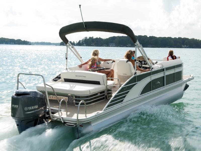 Tritoon For Sale >> Bennington Boats For Sale Dubuque Ia Boat Dealer