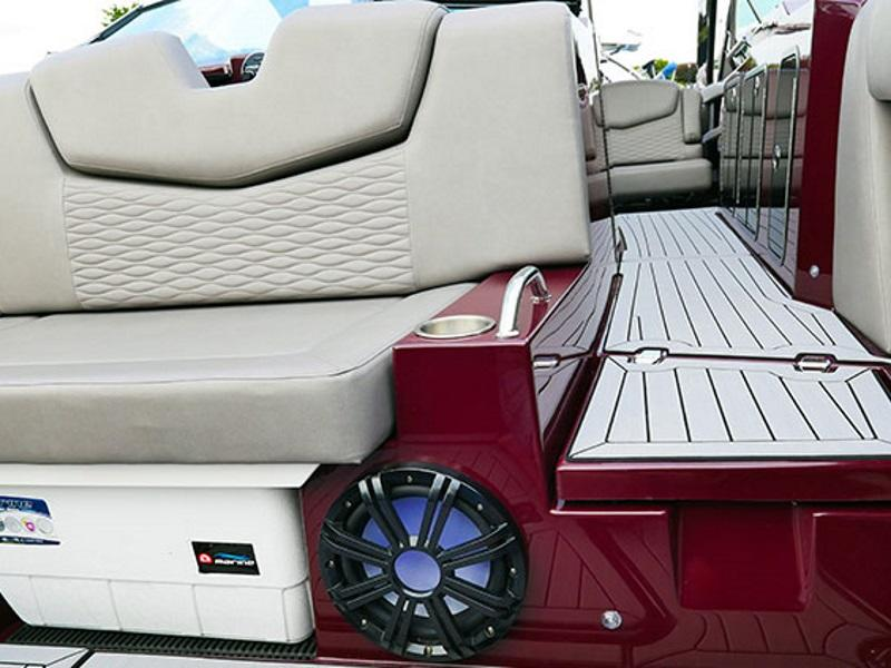 Cruisers Yachts For Sale in Conesus & Canandaigua NY | Boat Dealership